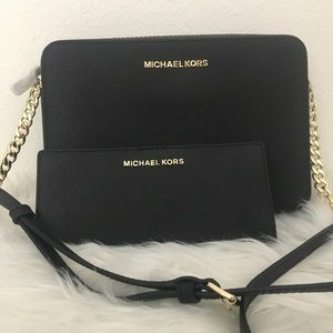 New Michael Kors Large Crossbody & matching wallet